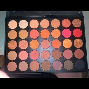 Morphe 35O2 Palette